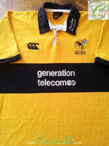 Relive London Wasps' 2002/2003 seasons with this original Canterbury away rugby shirt.