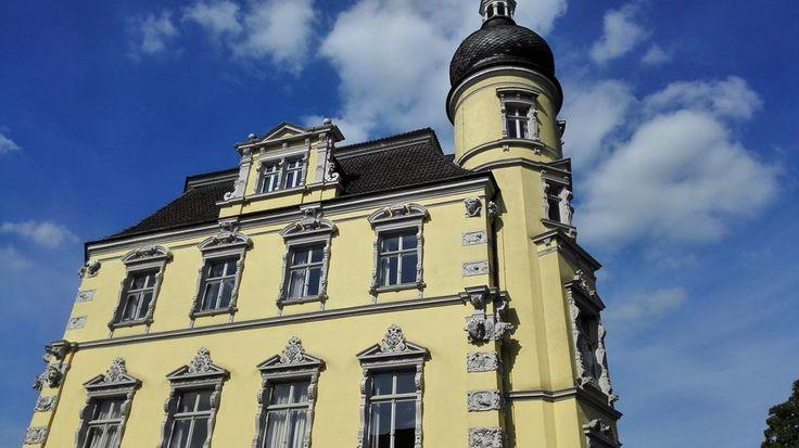In den Highlights seht ihr dieses Mal Fotos aus dem Oldenburger Schlossgarten und vom Schloss:    http://www.tarisa.de/highlights-of-the-week-fotos-aus-dem-schlossgarten-in-oldenburg/      #Oldenburg #Schlossgarten #Schloss