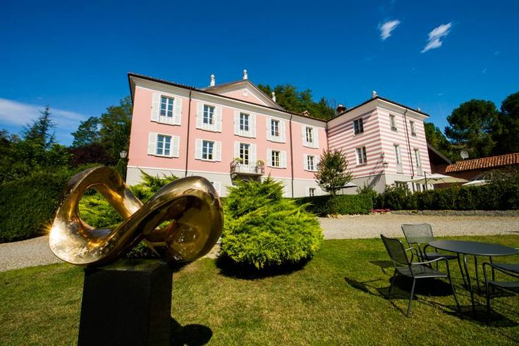 Incomparable property on a Piedmont hills Acqui Terme, Alessandria, Italy – Luxury Home For Sale