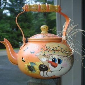 scarecrow tea kettle: Hands Paintings, Digg Paintings, Teas Pots, Scarecrows Teas, Decor Paintings, Teapots Teacup, Teas Kettles, Sweet Scarecrows
