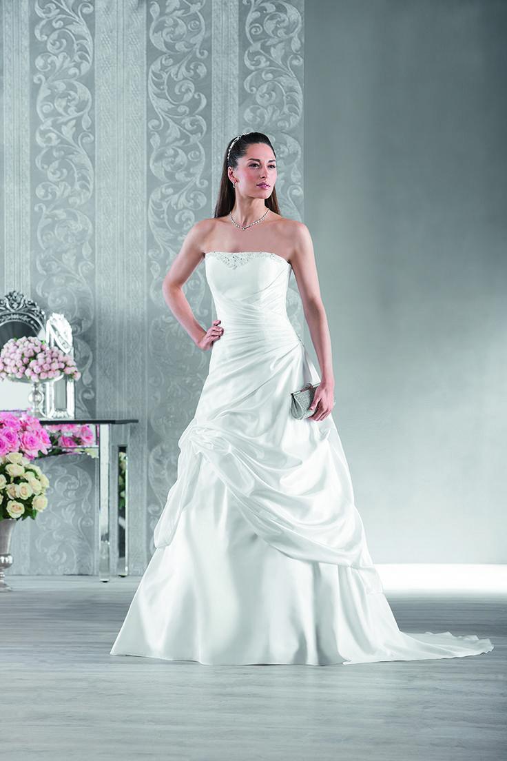 92 best Robe de mariée images on Pinterest   2015 wedding dresses ...