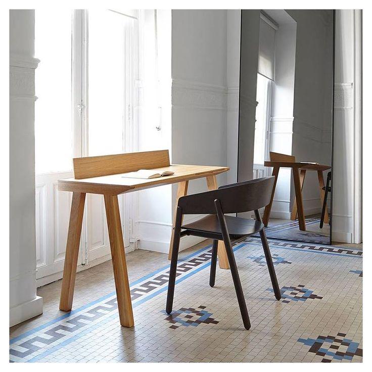 Flak, bureau design en bois avec pupitre Punt