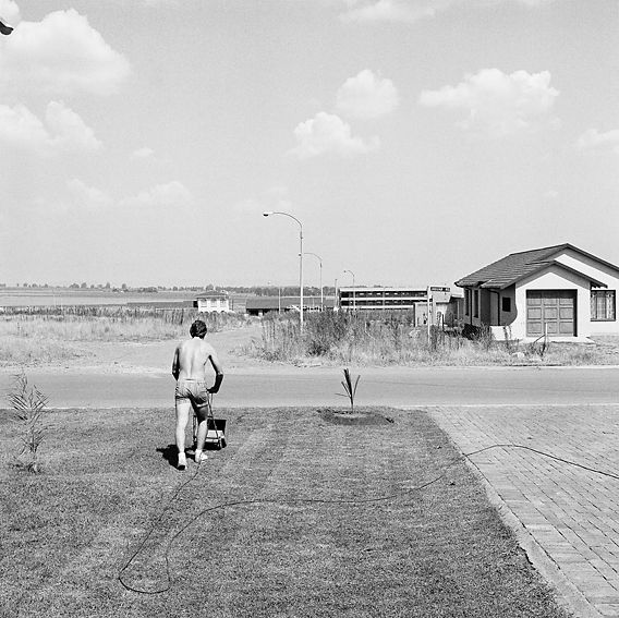 David Goldblatt. SATURDAY AFTERNOON IN SUNWARD PARK 1979/80. Silver gelatin print, 50 x 50cm