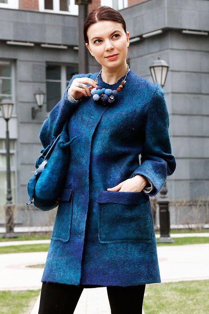 """Felted coat / Валяное пальто """"Изабелла"""" — работа дня на Ярмарке Мастеров. Узнать цену и купить: http://www.livemaster.ru/veternadezhdi"""