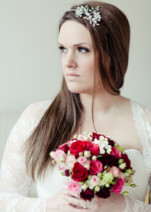 bride pink and red bouquet