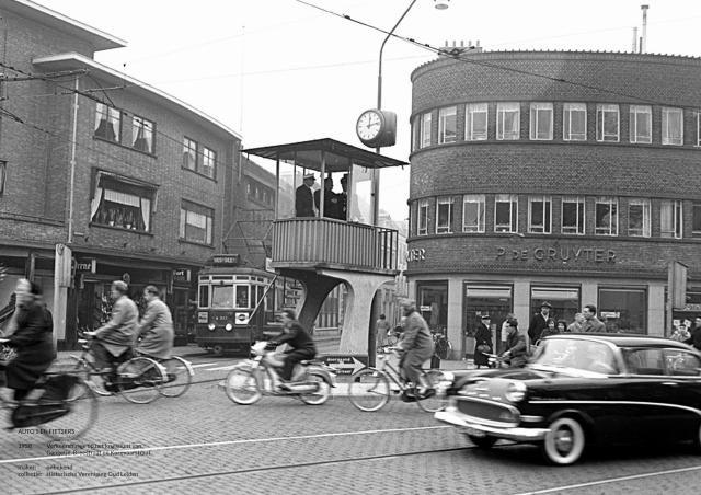 Kruispunt Hogewoerd - Korevaarstraat