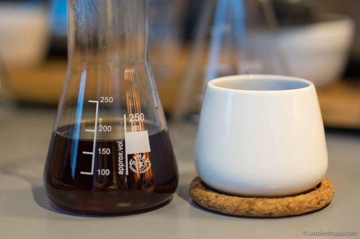 Discover the best coffee shop in Trondheim. The skilled barista Tony Jacobsen has competed in coffee competitions for many years and knows how to brew.