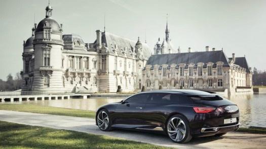 Numéro 9 – Citroën    Citroën va présenter au salon de Pékin, en Chine, sa DS Numéro 9. Un concept-car très original, dont les lignes à couper le souffle préfigurent l'avenir du label haut de gamme de la marque aux chevrons.