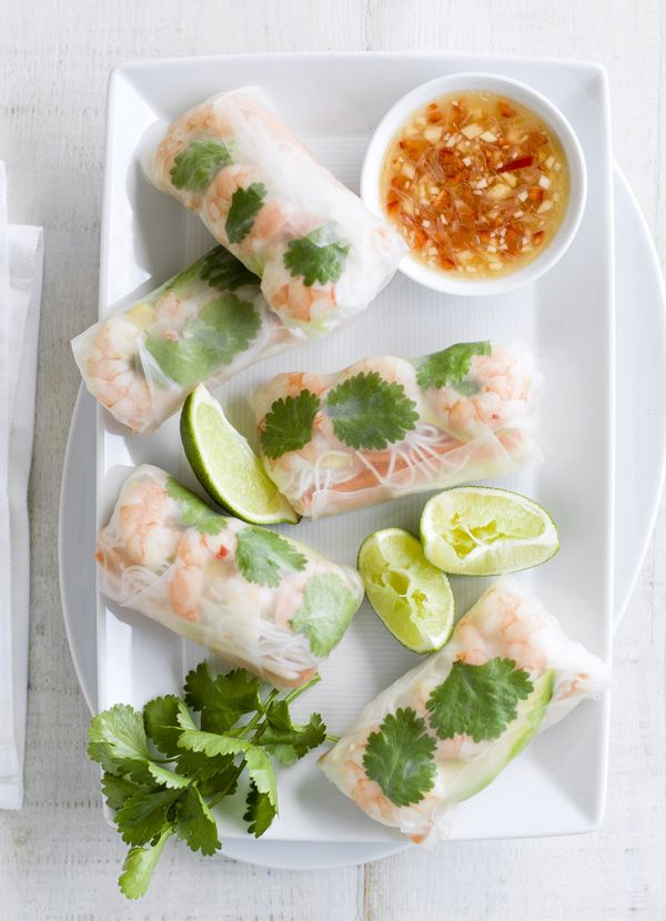 Fresh and easy rice paper rolls. These are filled with prawns, avocado, chilli and ginger, shredded carrot and noodles. Serve with chilli sauce for a dip.