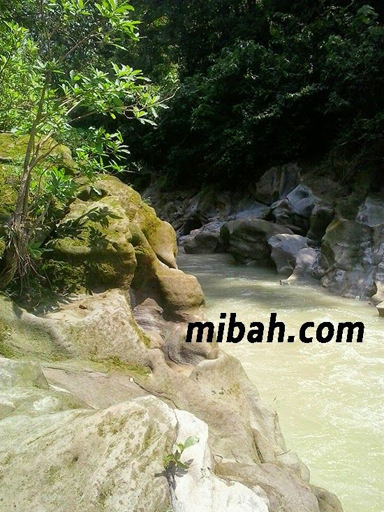 The copy of grand canyon in jombang Indonesia http://www.mibah.com/2015/03/kedung-cinet-grand-canyon-mini-jombang.html