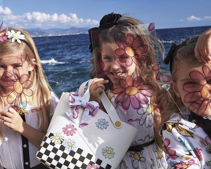 MONNALISA Spring Summer 2017 #Monnalisa #fashion #kids #childrenswear #newcollection #girl #style #summer #havingfun #flowery #DaisyDuck #daisy #Minnie #Disney
