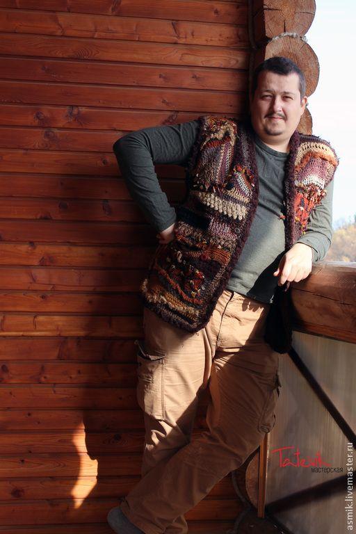 """Купить Жилет мужской """"Наскальная живопись"""" - коричневый, окна, уютный дом, жакет мужской, для любимого"""