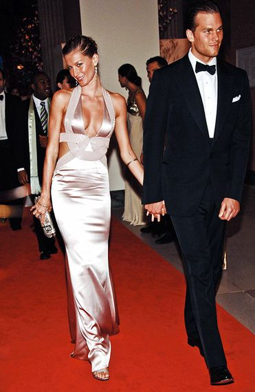 Heres What Gisele Bündchen and Tom Brady Eat -- Yes, Its Ridiculously Strict