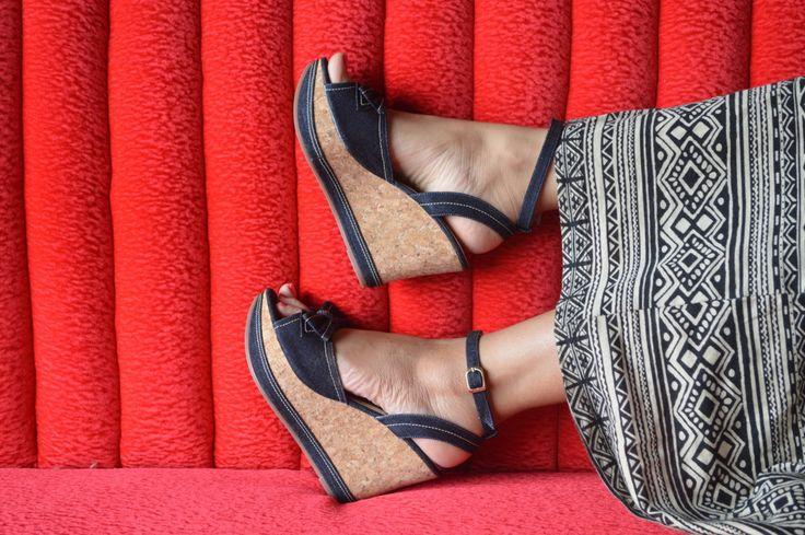 Todas las sandalias para mujer en: http://calzadocosmos.com/