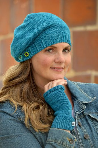 MacTavish Hat Knitting Pattern | Outlander Inspired Knitting Patterns at http://intheloopknitting.com/outlander-inspired-knitting-patterns/