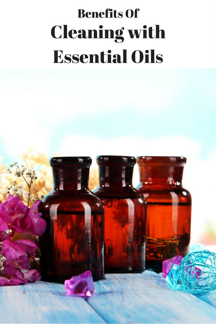7 organic essential oils and their cleaning uses.
