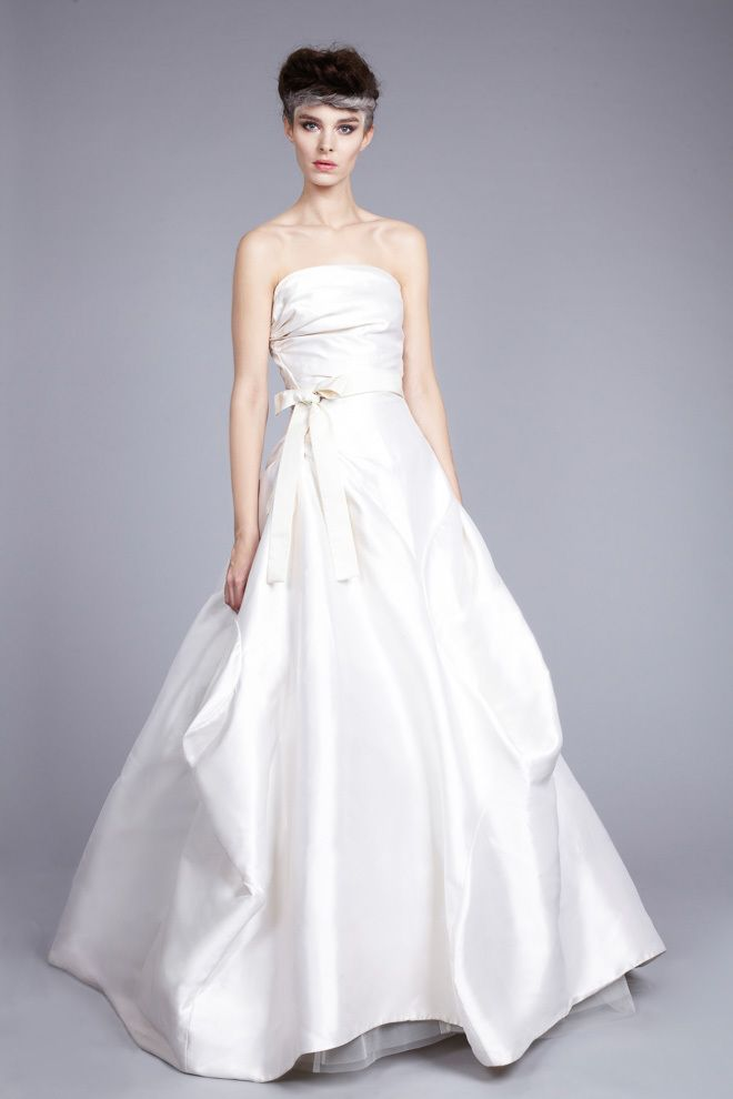 昨年夏に日本上陸!『ヴィヴィアン・ウエストウッド』のドレスとシューズにめろめろ♡にて紹介している画像