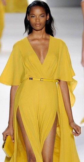 Elie Saab, abito lungo giallo