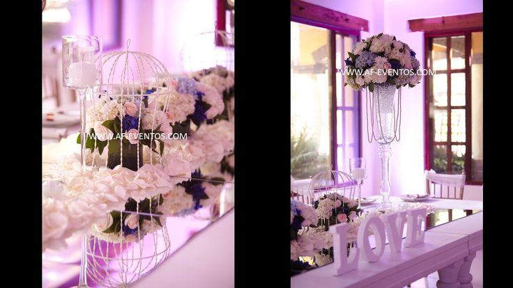 Reflejo para la mesa principal de una boda con espejos de gran tamaño @afeventos