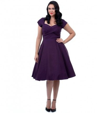 It's the dress that drives us mad, dames! This classy 1950's style Mad dress by Stop Staring is a paragon of Pin-up beau...Price - $166.00-NSmoS4BB