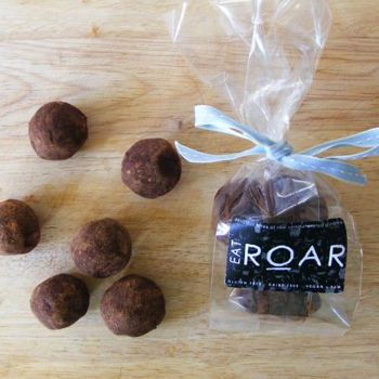 """Create Staff Picks: Valentine's Gifts - Create.net Blog - A healthy treat? """"Exquisite Peanut Butter Brownies"""" by www.eatroar.co.uk - from our #Create #valentines #gift blog post!"""