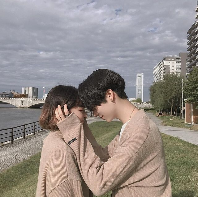 I came to share with you some beautiful asian couple pics #ulzzangcouple #wattpad #ulzzang. Anne