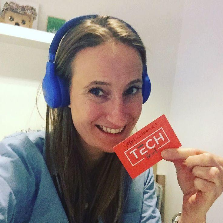 Jeehee! Erg blij met deze top headphone gewonnen via @techgirlnl! Staat ie een beetje?? #jbl #winnaar #techgirl #love2workout ----------- Vergeet niet dat jij ook iets kan winnen: Happy Protien als ik 1500 volgers heb ga ik een winnaar kiezen. Go follow and tag alllll je vrienden om me ook te volgen.