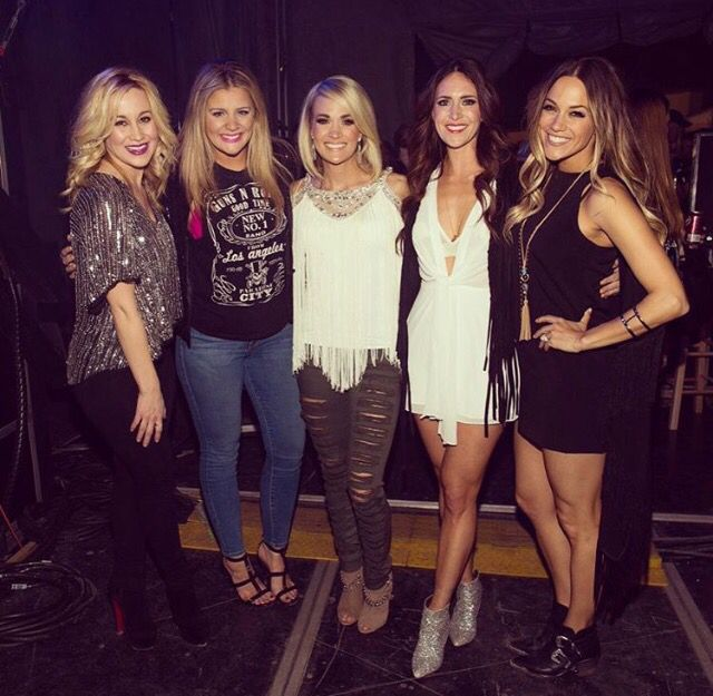 Carrie Underwood and Jana Kramer and Kellie Pickler and Lauren Alaina