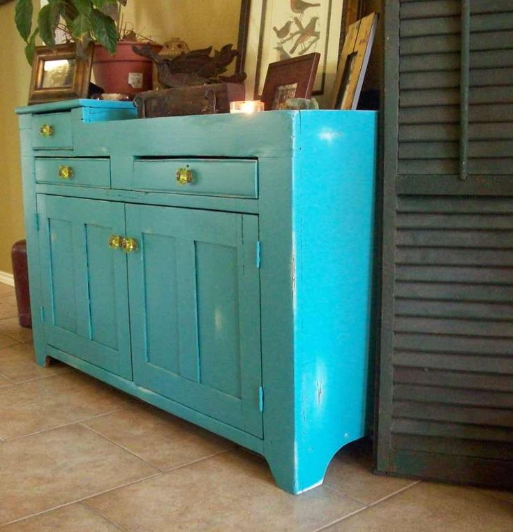 Painting Wooden Kitchen Cabinets: Distressed Wood Kitchen Cabinets