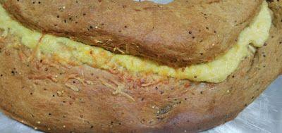 Mundo Vegetariano da Rosana: Pão Integral com Recheio de Parmesão