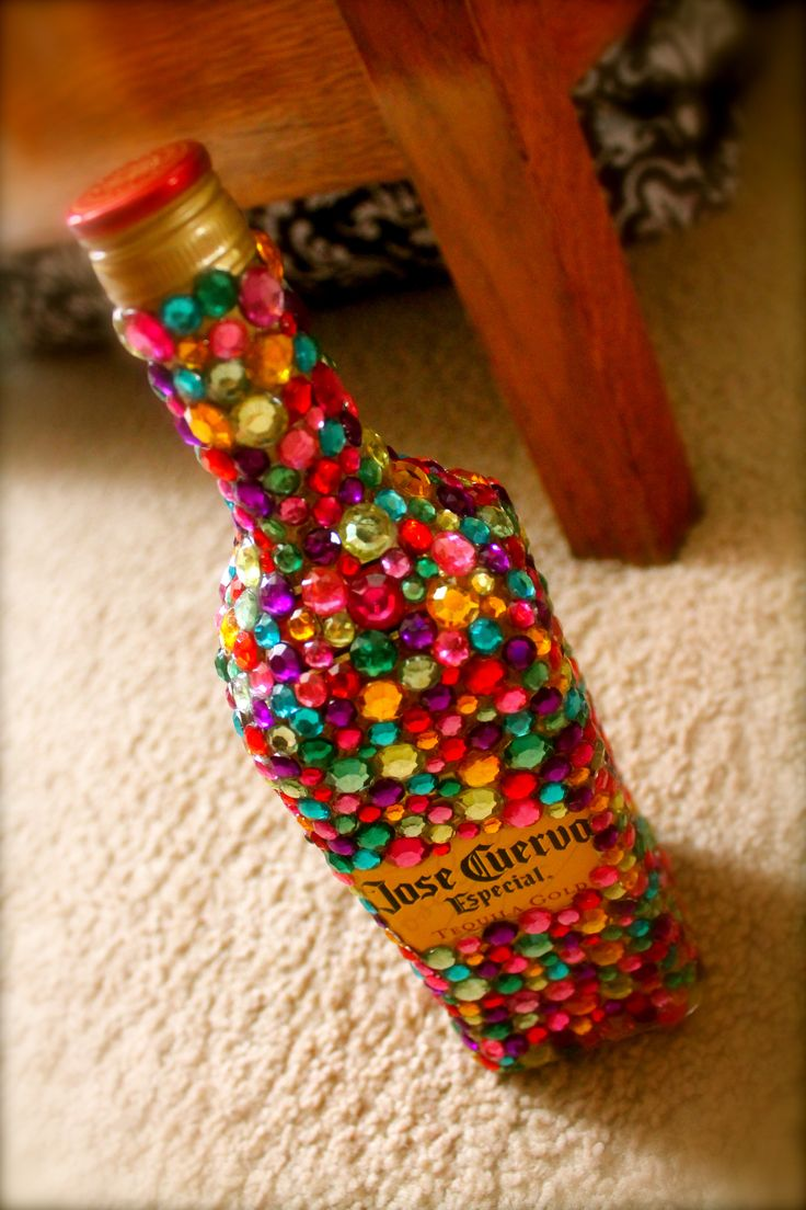 tequila bottle! great 21st birthday present. someone make it for meeeeeee :D @Jordan Bromley Brannon @Robin S. Zavacky