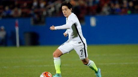 U.S. women's soccer team gets new contract