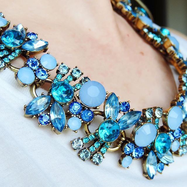 Pretty Ocean Blue Statement Necklace -#fashion #style #glam #bluenecklace #statementnecklace #jewelry - 43,90  @happinessboutique.com