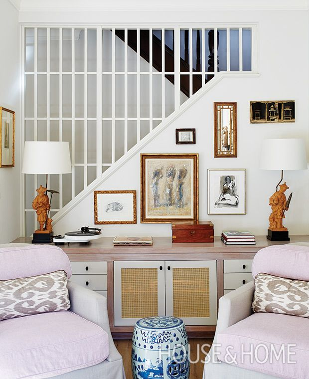 By opening up the staircase wall, designer Silvana D'Addazio extended her  living room's