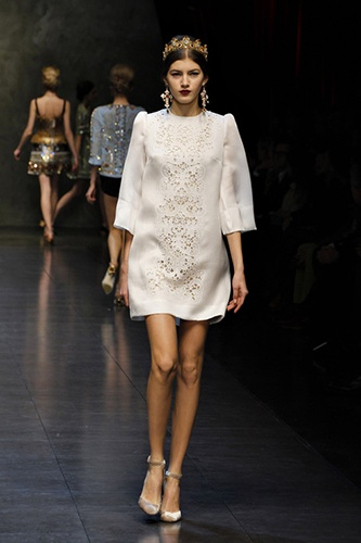 This would be an adorable little wedding dress. Dolce