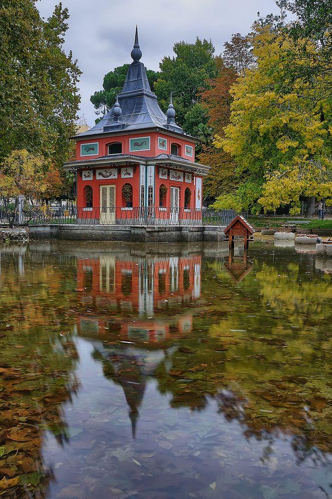 Casita del Pescador en el Parque del Buen  Retiro, Madrid- España