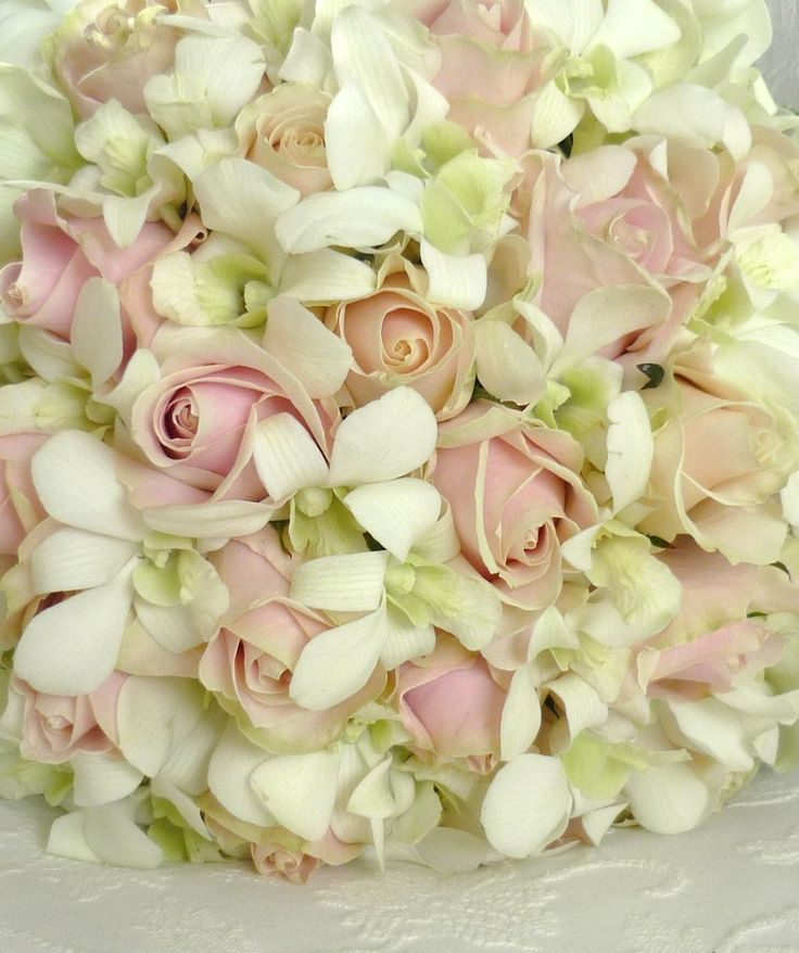 Todo con las flores: decorar, crear, degustar, cuidar...................: Ramos de novia
