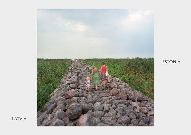 El ensayo fotográfico que muestra el sinsentido de las fronteras   Verne EL PAÍS