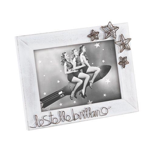 PORTAFOTO A362 - portafoto in legno sbiancato con scritte e stelle in metallo. Formato 13x18 - wooden photo frame with metal stars and writings - www.mascagnicasa.it