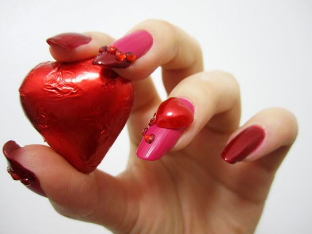 ZigiZtyle: Valentine's Day Nails #4