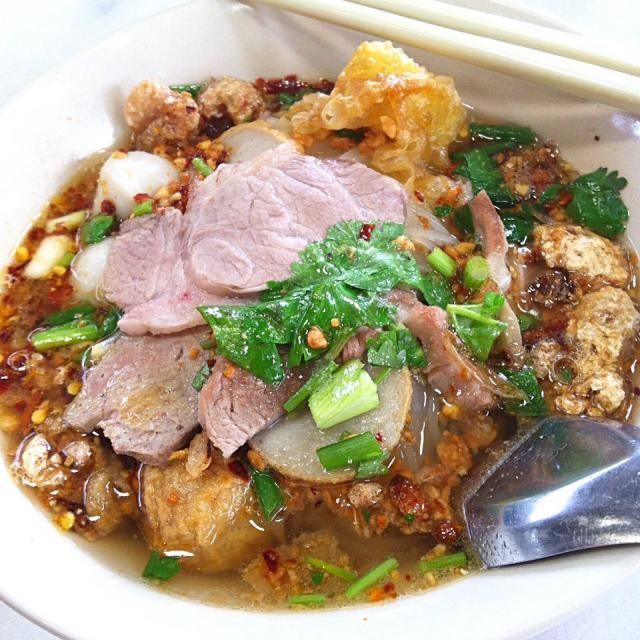 """レシピとお料理がひらめくSnapDish - 21件のもぐもぐ - """"Kuai Teaw Mu Bo Ran"""" Tom Yum noodles soup…"""