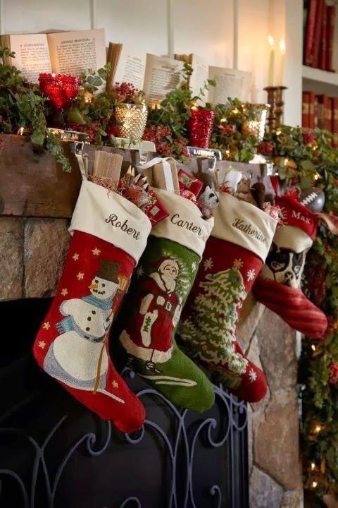 Blog inteiramente que pensa no natal e vive o natal o ano todo ! Abraços natalinos com cheirinhos de natal.