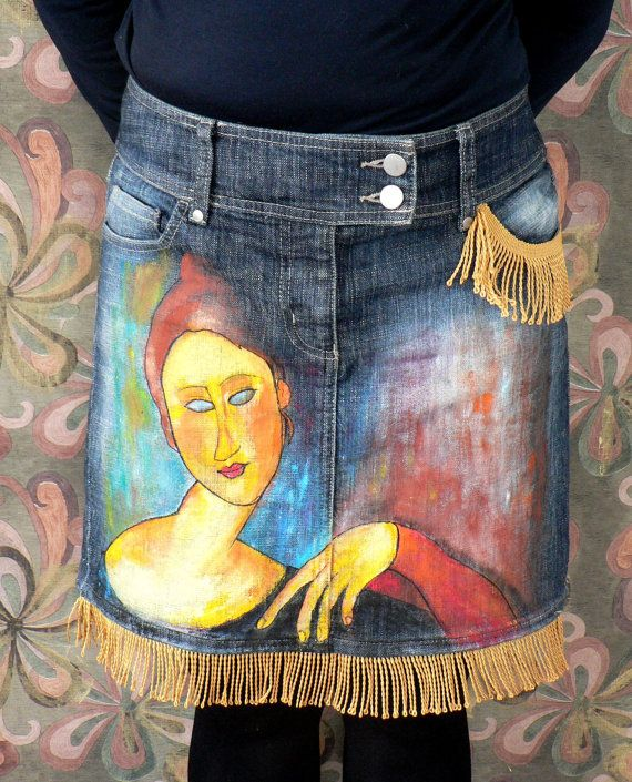 Art hand painted denim skirt inspired by Modigliani paintings with decorative tassels. Recycled and upcycled. One of a kind. Length - 17 in /43 cm/ Width waist - 32 in /81 cm/ Width hips - 38 in /96 cm/ Size L, 10 UK, 38 Europe