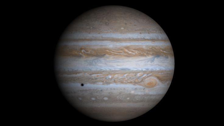 Una de las leyendas urbanas más extendidas es que Júpiter, si hubiese crecido un poco más, podría haberse convertido en una estrella. Ésta es la realidad, sin mitos... #astronomia #ciencia
