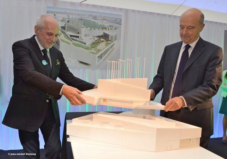 La pose de la première pierre du Musée de la Mer et de la Marine, à Bordeaux par Norbert Fradin et Alain Juppé : l'occasion d'en savoir plus sur ce projet.