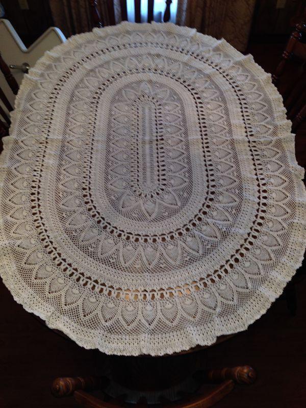 Crochet Oval Afghan Pattern : Oval Tablecloth crochet Pinterest More Oval ...