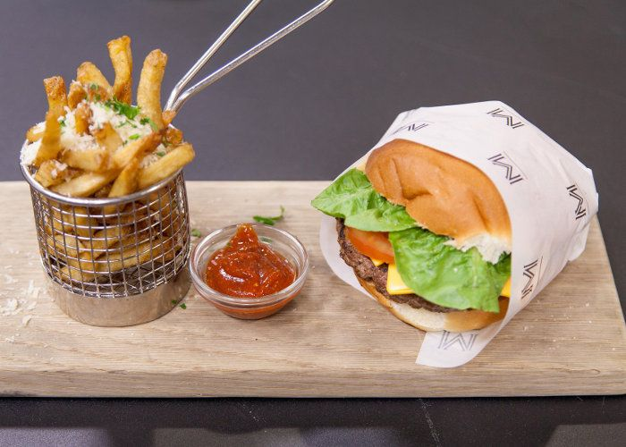 Chef Zola Nene shows us 2 ways to make delicious Homemade Burger Patties!