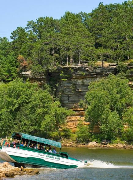 Wisconsin- Duck Tours:   Things to do in the Wisconsin Dells include the Original Wisconsin Duck Tours, Mirror Lake State Park, Circus World Museum, International Crane Foundation and Dells Boat Tours.