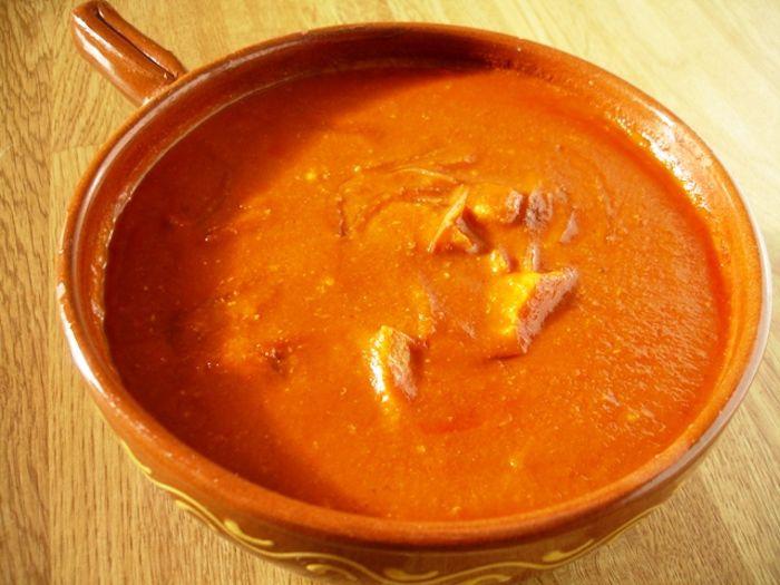 Muamba Nsusu (zuppa di pollo alle arachidi)--Congo