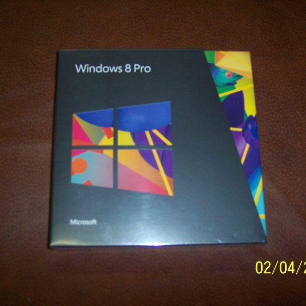 Windows 8 プロフェッショナル完全版 32 ビットおよび 64 ビット DVD 新品